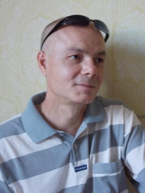 С знакомства в мужчинами тольятти