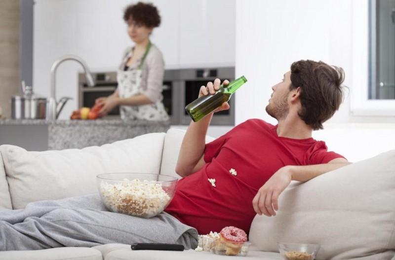 Как мужчине заработать сидя дома