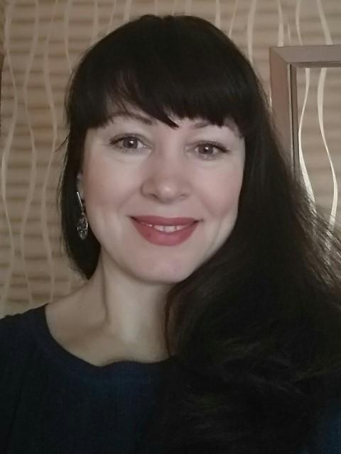 Нина, Россия, Ступино, 46 лет, 1 ребенок. Хочу найти Близкого по духу человека, желательно мужского пола))) Совершенно не меркантильна, ценю в первую оче