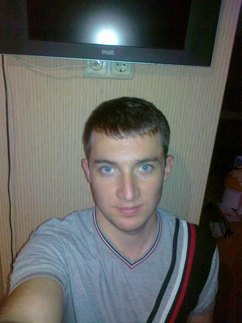 Мужчина Александр Москва, м. Алтуфьево. Ищу женщину, можно с детьми или ребенком