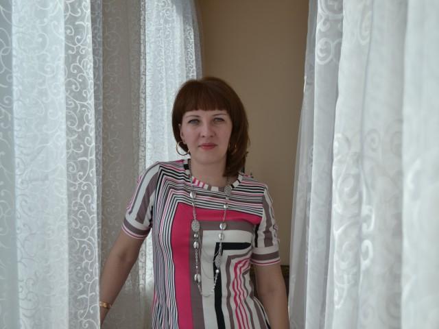 Женщина с 2 детьми познакомится с мужчиной из Россия, Благовещенск. Ирина