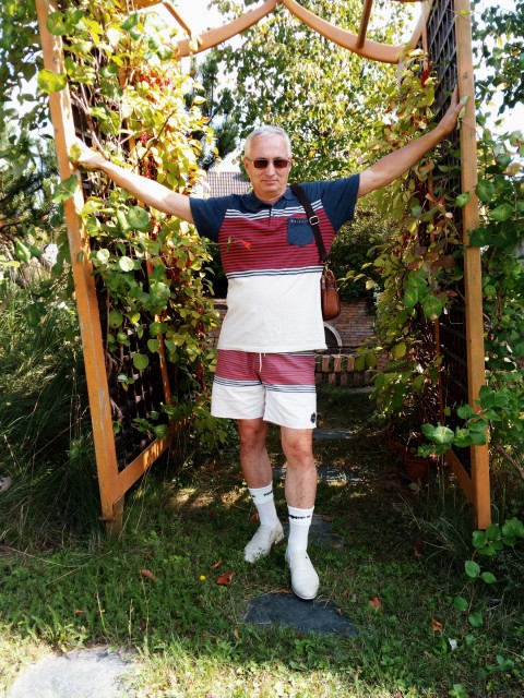 Евгений, Россия, Москва, 58 лет. Хочу найти Мудрую женщину. Душевную, уравновешенную, по возможности неистеричную, с образованием ... Много всег