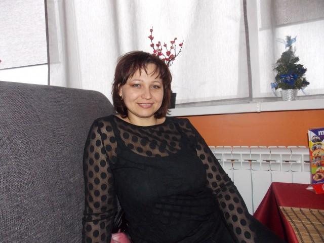 Мама-одиночка c 1 ребенком ищет с мужчину из Россия, Луховицы. Юлия