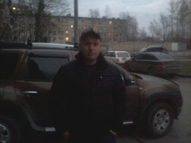 алексей, Россия, Кириши, 30 лет. Хочу найти понимающую.
