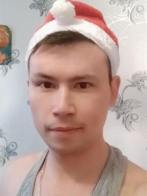 Семён, Россия, Москва, 25 лет. Хочу найти Девушку, любящую и понимающую с полуслова)