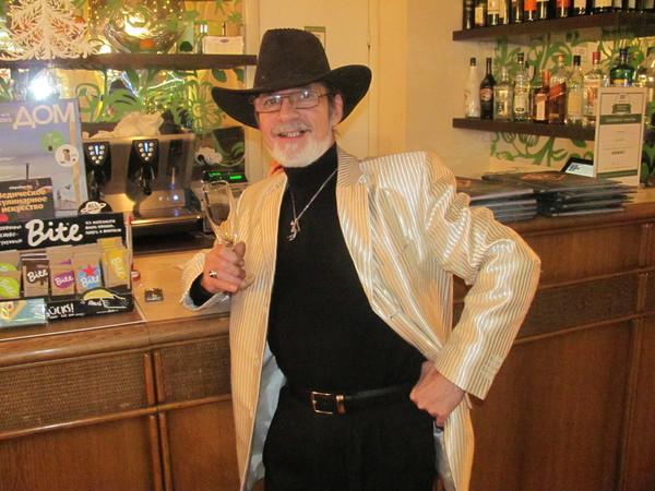 ВЛАДИМИР ШЕБЗУХОВ, Россия, московская область, 63 года. пенсионер