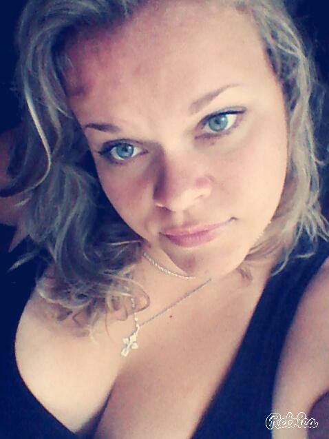 Надежда, Россия, Санкт-Петербург, 29 лет, 1 ребенок. Хочу найти мужчину, с которым создам крепкую семью