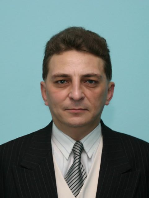 Алексей, Россия, Темрюк, 46 лет.     Отдамся в хорошие женские руки.К туалету приучен.На лево отгулял.Не кастрирован.Фразу:Мама делае