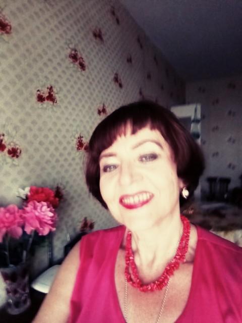 Надежда Ефимова, Россия, Курск, 57 лет. Хочу найти хочу найти своего сверстника.  отца-одиночку, желательно с девочкой. чтобы создать семью и вместе во