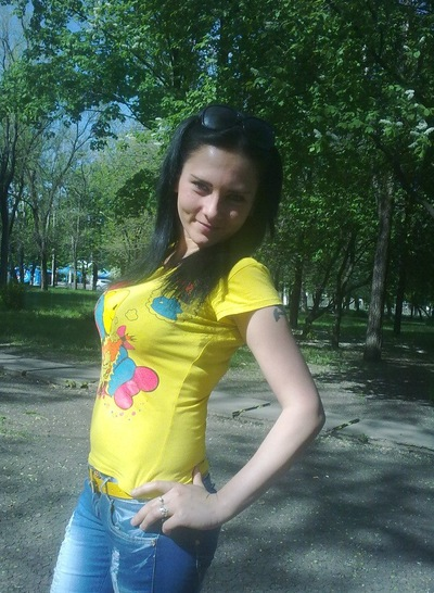 трахнул девушку луганск такого