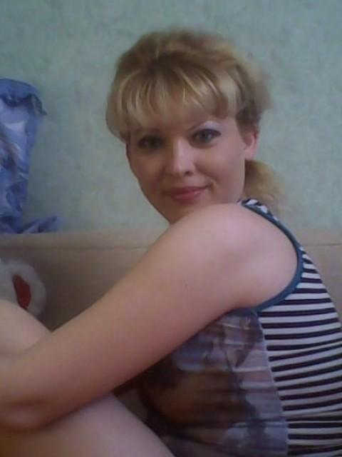 Анастасия, Россия, Москва, 28 лет, 1 ребенок. Хочу найти Крепкое мужское плечо!!!!!мужчину которого я буду любить  всю свою жизнь!!!!!