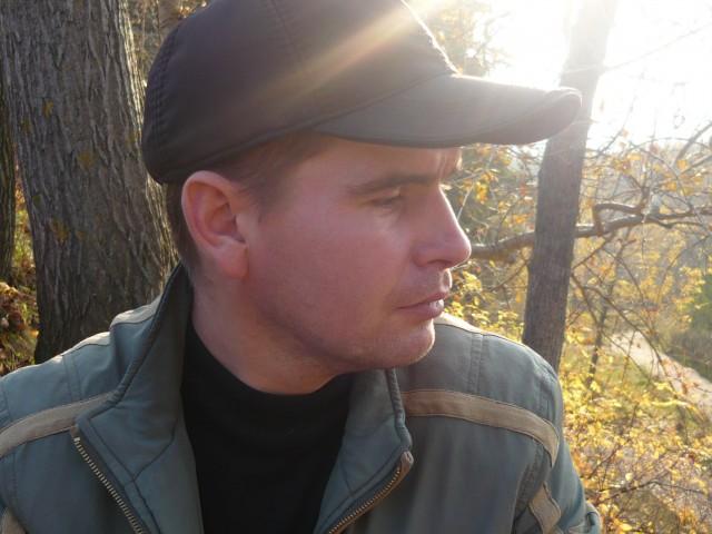 Сергей, Россия, Москва, 40 лет, 1 ребенок. Хочу найти Девушку для совместной жизни,создание семьи. Я думаю что в 40 лет это возможно. И еще что для счасть