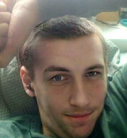 Артем, Россия, Малоярославец, 30 лет. Хочу найти Ищу свою единственную вторую половинку которая станет частью меня , для создания семьи и рождения де