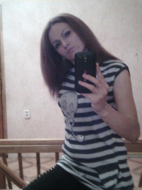 галина, Россия, Калининград, 28 лет, 1 ребенок. Добрая, люблю детей, хочу счастливую семью с любовью, уважением в доме