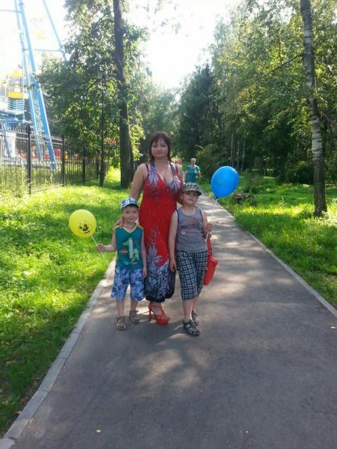 Zoja, Россия, Сыктывкар, 35 лет, 2 ребенка. Хочу найти Достойного мужчину по жизни, который не придаст. Простого работящего с руками и головой. Хозяиственн