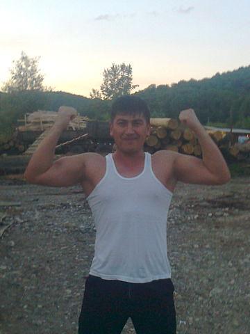 Магамет, Россия, Апшеронск, 37 лет