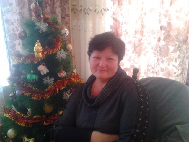 Валентина, Россия, Усть-Лабинск, 49 лет, 1 ребенок. Хочу найти Хорошего друга, искреннего, понимающего , в  будущем создать семью, не обязательно  в законном браке