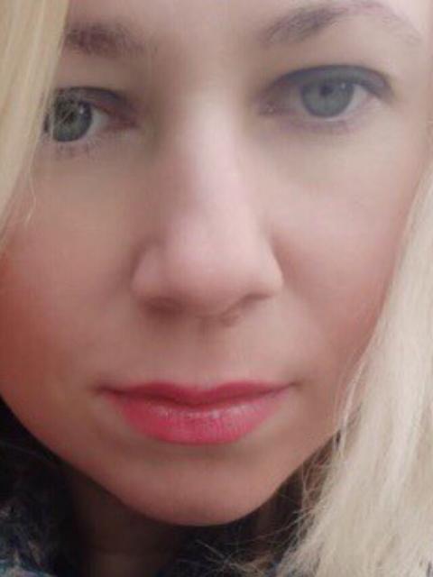 Светочка, Россия, Москва, 38 лет, 1 ребенок. Хочу найти Хочу тебя встретить, а точнее, чтобы ты сам нашел меня и стал моей судьбой. Обещаю быть преданной и