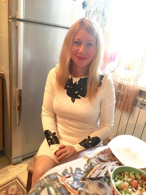 Светочка, Россия, Москва, 34 года, 1 ребенок. Хочу найти Хочу тебя встретить, а точнее, чтобы ты сам нашел меня и стал моей судьбой.Обещаю быть преданной и з