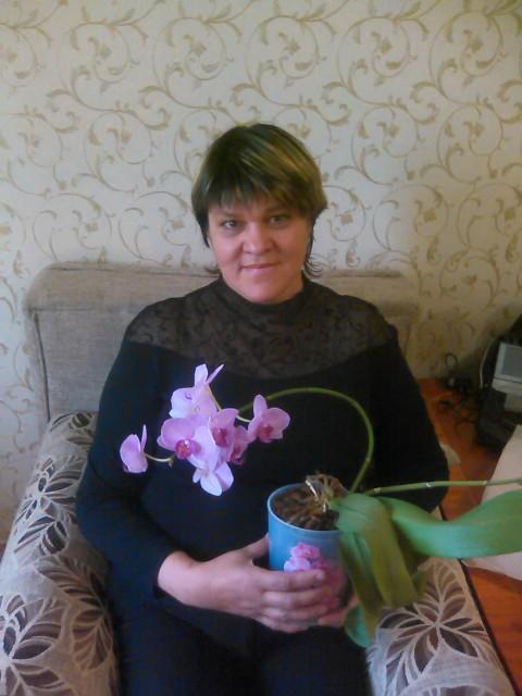 Алсу, Россия, Казань, 60 лет, 2 ребенка. Я живу в Казани. Живу одна. Дети взрослые. Живут отдельно.