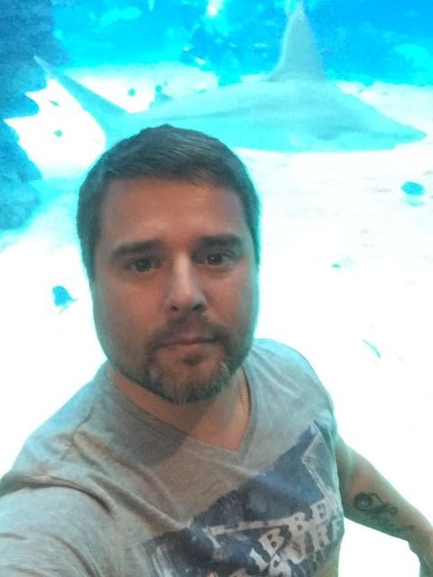 Александр, Россия, Москва, 39 лет, 1 ребенок. Хочу найти Симпатичную девушку, с целью создания крепкой СЕМЬИ, современную, адекватную, со стремлением ко всем