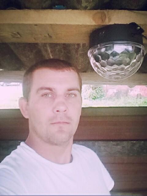 Михаил, Россия, Москва, 35 лет. Хочу найти Познакомлюсь с девушкой до 40 лет для серьезных отношений.