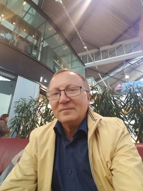 Василий, Братислава, 58 лет, 2 ребенка. Хочу найти Общения.