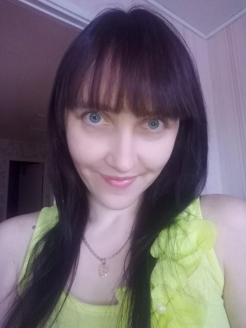 Елена Соловьёва, Россия, Пенза, 33 года, 3 ребенка. Хочу найти Кого?Вот чего могу точнее сказать.Спокойствия, любви, чтобы душа пела.И чтобы все дети в мире были з
