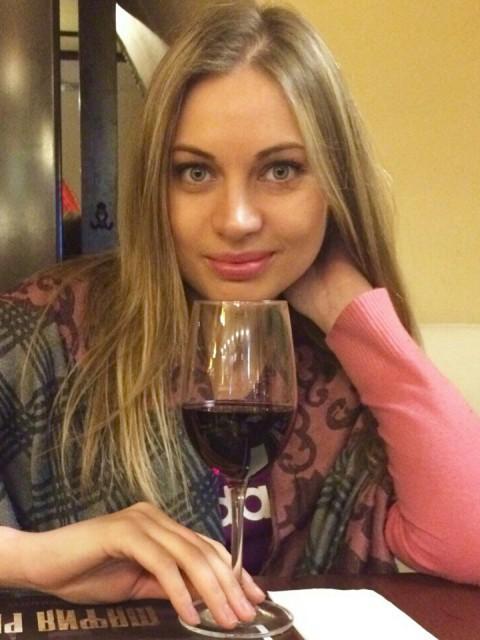 Марина Романовская, Россия, Санкт-Петербург, 29 лет. сайт www.gdepapa.ru