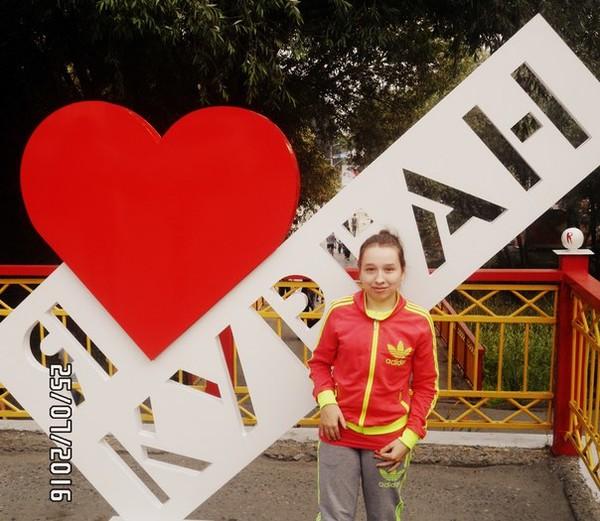 Елена Казеннова, Россия, Курган, 23 года