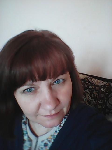 Елена, Россия, Челябинск, 43 года. Хочу найти Женщине нужен мужчина, с которым спокойно... С которым упасть и подняться не больно... С которым нич