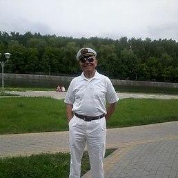 андрей реут, Болгария, Москвич в Бургасе, 56 лет. Москвич, не женат,   работа не нужна - пенсию получаю,    живу один в двух квартирах - в Москве
