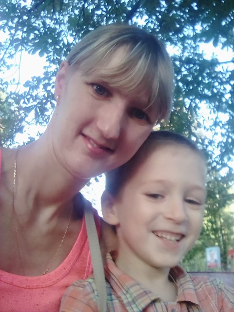 Лариса, Россия, Воронеж, 30 лет, 1 ребенок. Хочу найти Ищу порядочного парня для создания семьи. Любящего детей и готового принять моего сынуле. Без него м