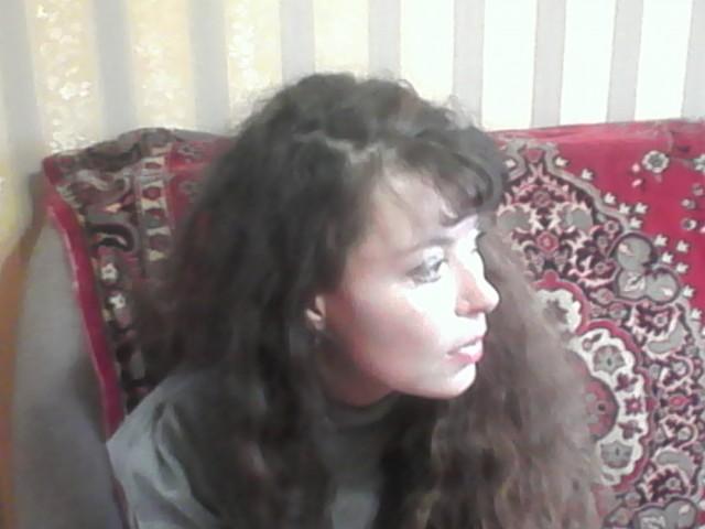 Ирина, Россия, Тверь, 42 года. просто хороший человек, со своими достоинствами и недостатками, ищу порядочного, адекватного, доброг