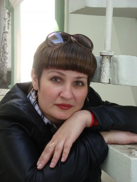 Марина, Россия, Рязань, 40 лет. Хочу найти Прежде всего, родственную душу. Ну, и без искры взаимной никуда, иначе это будет просто дружба. Умно