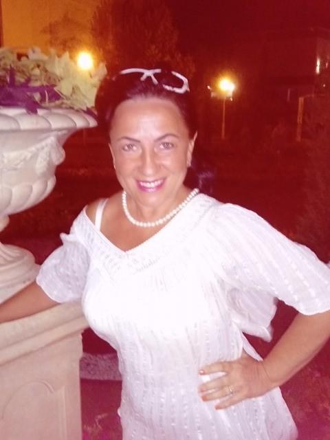 Марина, Россия, Москва, 61 год, 1 ребенок. Хочу найти Христианина. Честного и бескорыстного в отношениях человека. Обаятельного, с приятной внешностью. С
