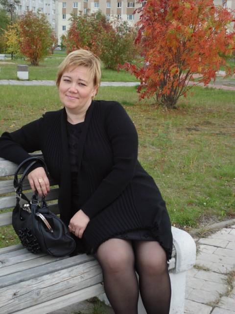 Елена, Россия, Уфа, 41 год, 1 ребенок. Хочу найти ЕСЛИ В МОДЕ МЕНЯТЬ МУЖЧИН,  ТО Я ПРОСТО ЖИВУ ВНЕ МОДЫ - ПОТОМУ ЧТО МНЕ НУЖЕН ОДИН,  НО С КЕМ БУДЕ
