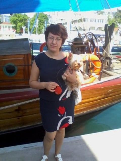 Наталья, Россия, Уфа, 42 года, 1 ребенок. живу в Уфе, очень хочу уехать жить в деревню, купила участок в деревне очень красивые места, тишина,