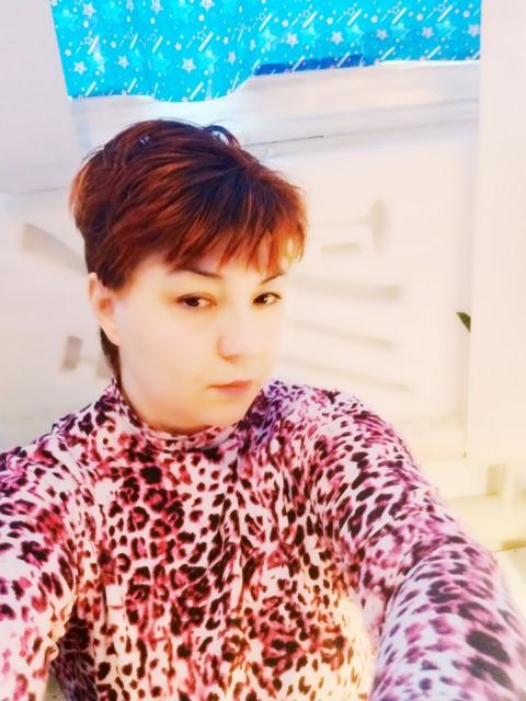 Карина, Россия, Ставрополь, 46 лет, 1 ребенок. Хочу найти Такую же творческую натуру, но с более сдержанным порывами, друга, приятного собеседника уютного муж