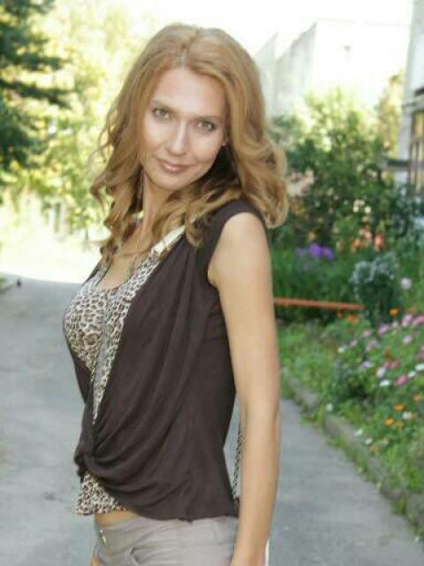 Анастасия, Россия, Зубцов, 30 лет, 2 ребенка. Хочу найти Хотелось бы найти человека, который полюбит меня и моих деток. Человека, за которым я буду как за не