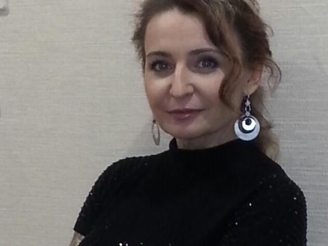 Руслана, Россия, Набережные Челны, 50 лет, 2 ребенка. Хочу найти свободного-С чувством юмора-у ставшего от одиночества самодостаточного мужчину