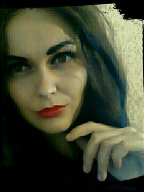 Мария, Россия, Киров, 31 год, 3 ребенка. Хочу найти Интересного как в жизни, так и в общении, целеустремленного, обладающего развитым интеллектом, чувст