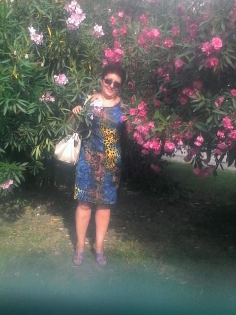 Ирина, Россия, КРАСНОДАРСКИЙ КРАЙ, 43 года. Всем привет, ищу належного и верного мужчину. трудолюбива, люблю заниматся в огороде, вязать, прогул