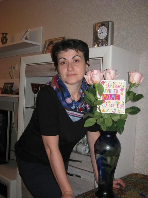 Елена Клименко, Россия, Москва, 40 лет, 2 ребенка. Хочу найти Познакомлюсь с мужчиной только для серьезных отношений.