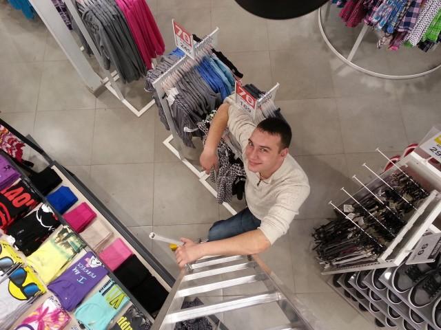 Евгений, Россия, Москва, 30 лет, 1 ребенок. Я ищу девушку для создания семьи.  Живу один, детей люблю. В первый раз знакомлюсь на сайте, думаю м