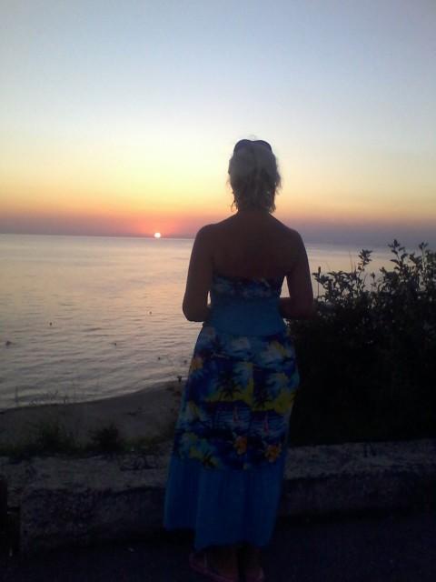 Светлана, Россия, Геленджик, 43 года. Она ищет его: Человека, который умеет быть рядом...