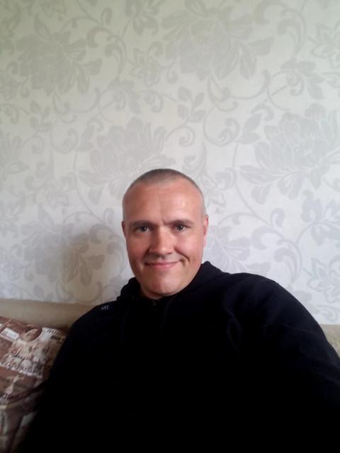 Алексей, Россия, Санкт-Петербург, 44 года, 2 ребенка. Хочу найти Девушку адекватную без заоблачных запросов для создания семьи!
