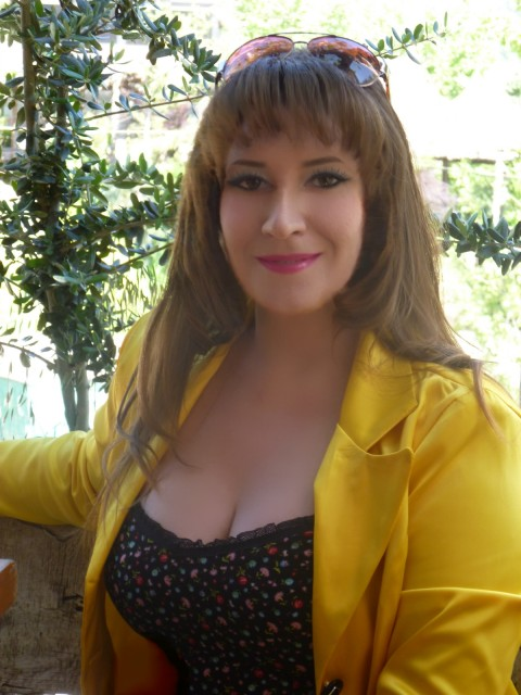 Мила, Украина, Киев, 37 лет, 1 ребенок. Хочу найти  Надежного мужчину, который станет мне мужем и  папой моему ребенку. Ценю в мужчине порядочность, п