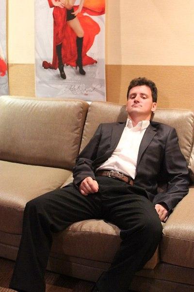Василий, Москва, м. Проспект Вернадского, 34 года. Хочу найти Красивую, умную для меня