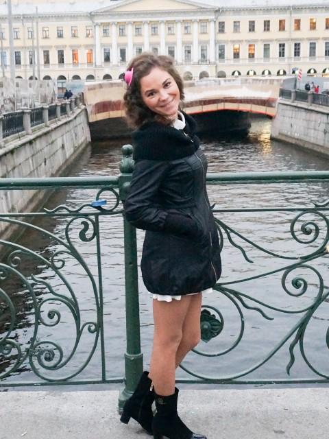 Жанна, Россия, Санкт-Петербург, 36 лет, 1 ребенок. Хочу найти Мужчину  для создания семьи, который  готов стать поддержкой для меня, и заботливым папой для моей д